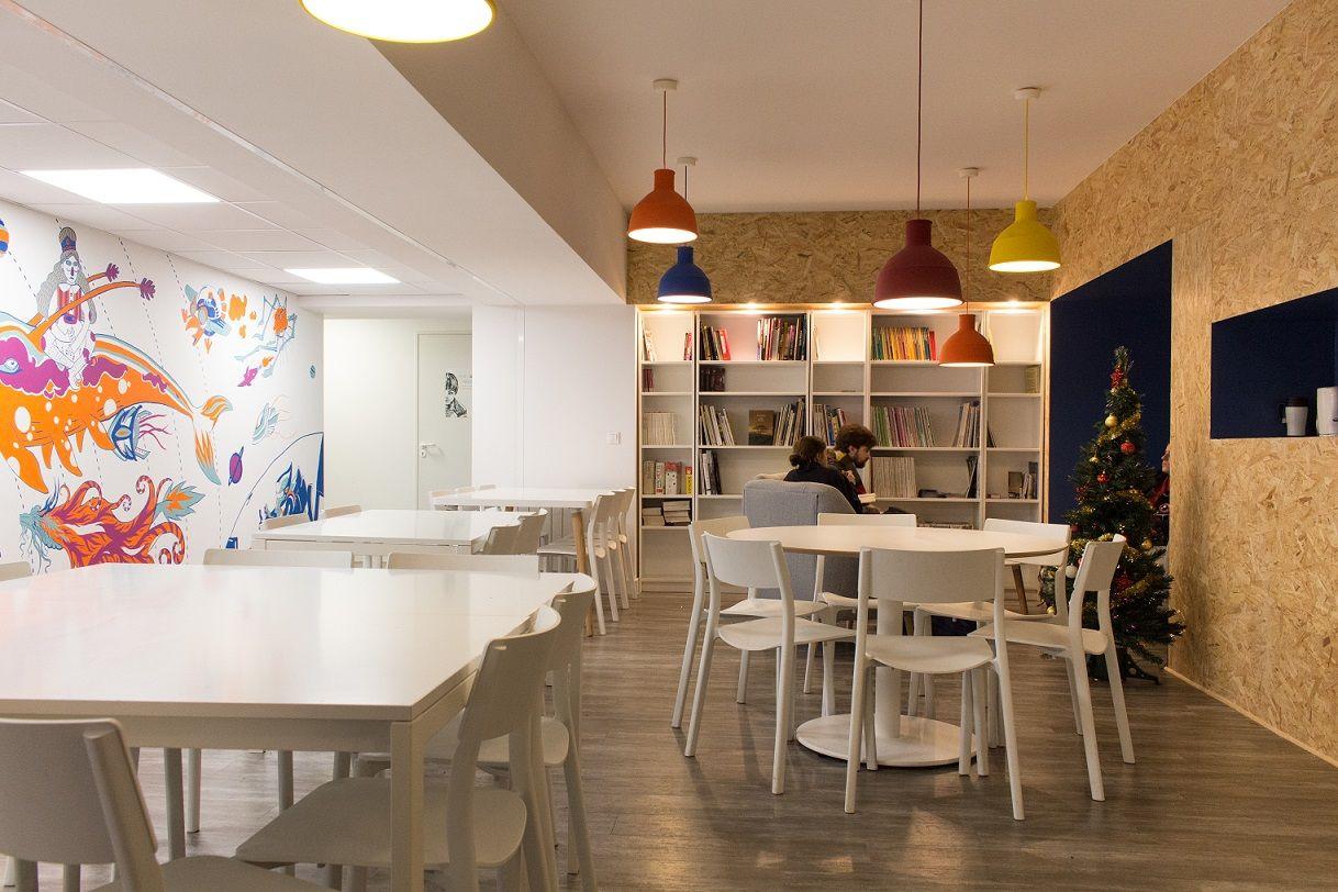 ipesaa institut priv d 39 enseignement sup rieur en art appliqu. Black Bedroom Furniture Sets. Home Design Ideas